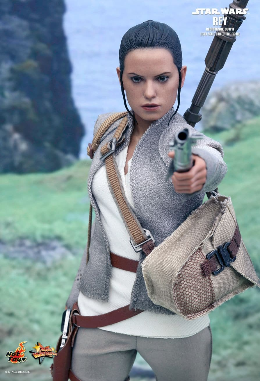 Hot Toys Star Wars: The Force Awakens Resistance Outfit